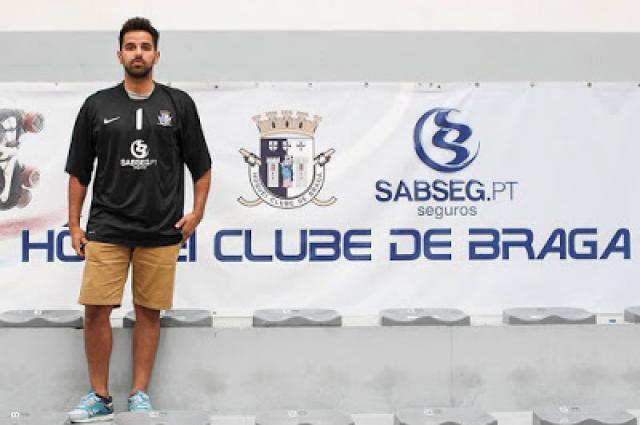 Francisco Veludo apresentado no HC Braga