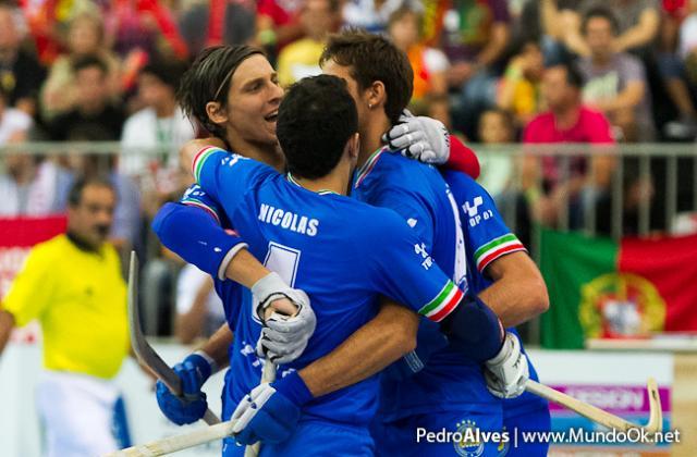 Itália vence Suíça