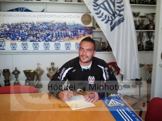 Guarda redes Nuno Costa ex Lavra reforça CD Povoa