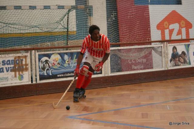 Paulo Tembo reforça formação do Sporting
